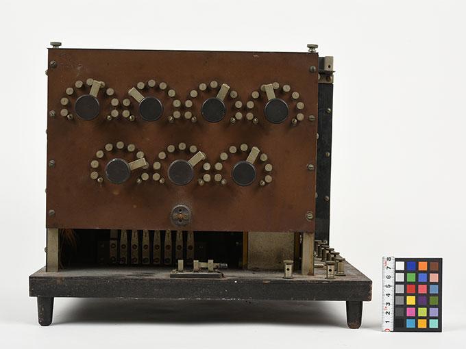 ランプ点滅時間調整器伝導反応検査器6