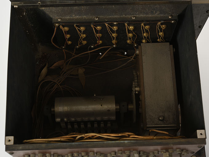 ランプ点滅時間調整器伝導反応検査器7
