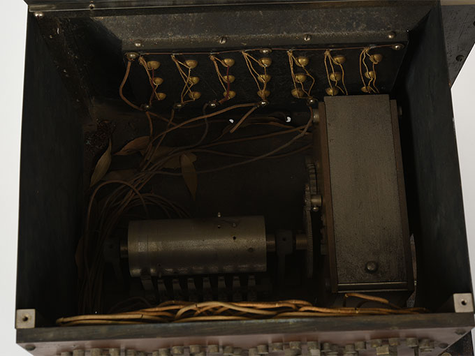 ランプ点滅時間調整器伝導反応検査器8