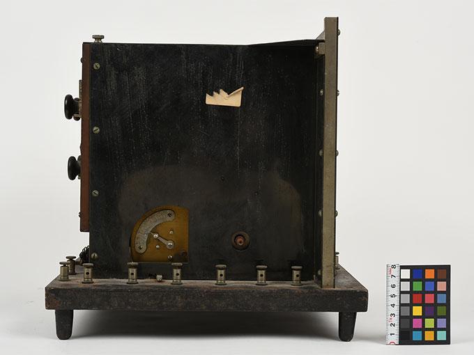 ランプ点滅時間調整器伝導反応検査器9