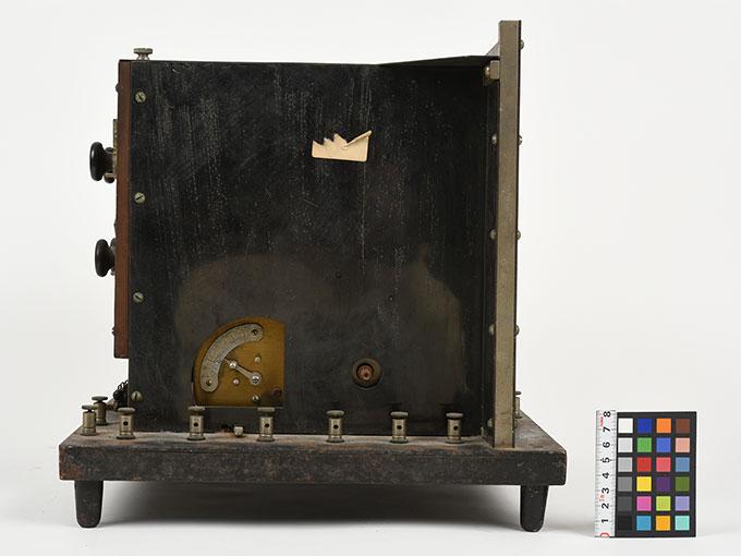 ランプ点滅時間調整器伝導反応検査器10