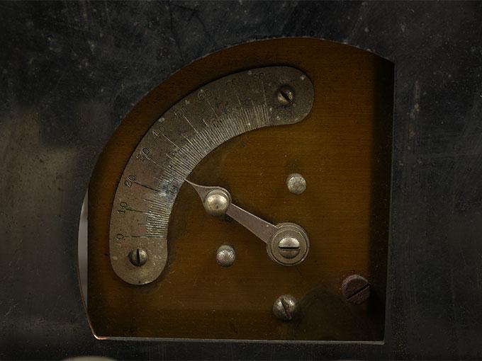 ランプ点滅時間調整器伝導反応検査器11