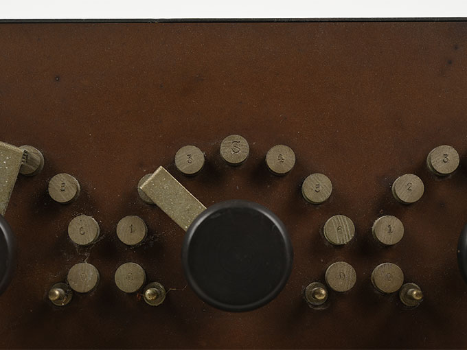 ランプ点滅時間調整器伝導反応検査器15