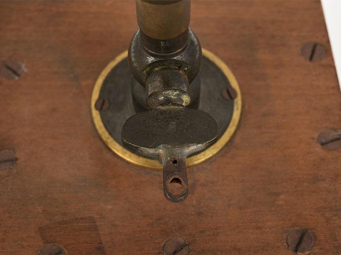 リード式音程発生器13