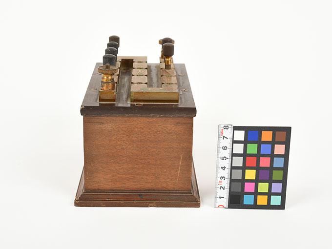 回路中継器抵抗箱 (1110Ω)7