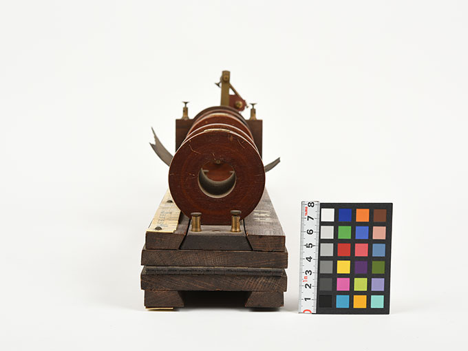 最小可聴音検査器Schlitten-Induktions-Apparat nach Du Bois-ReymondInduktorium5