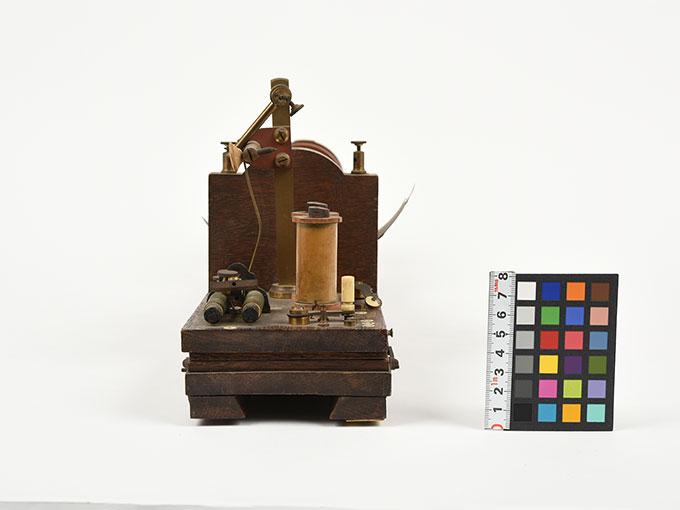 最小可聴音検査器Schlitten-Induktions-Apparat nach Du Bois-ReymondInduktorium6