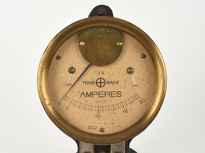 電流計アンメーター 20amp.2
