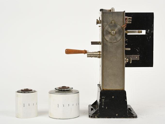 刺激続出器Gedachtnisapparat nach Lipmann記憶力検査器6