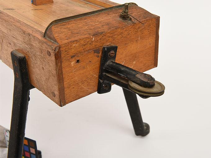 モノコード琴式音発生器4
