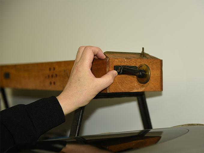 モノコード琴式音発生器9