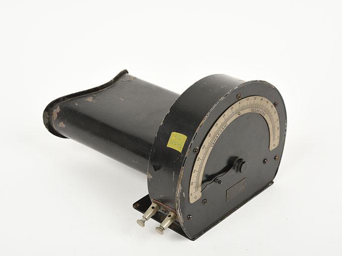 光度弁別検査器光度弁別検査器