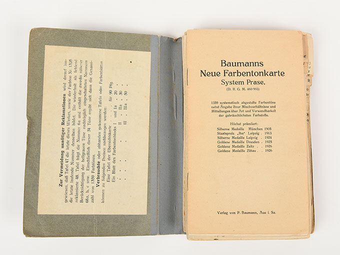 色見本Baumanns neue Fanbentonkarte (色調標本)5