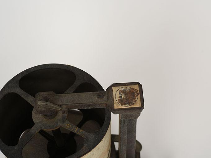 カイモグラフEinfaches Trommel-Kymographion mit Uhrwerk新式滑転装置9