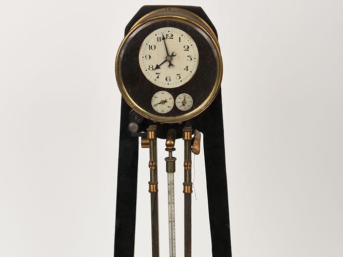 ニオーデの音叉時計Stimmgabeluhr nach Niaudetニオーデ氏音叉時計3