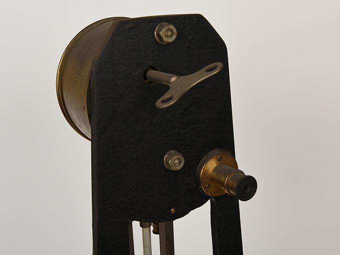 ニオーデの音叉時計Stimmgabeluhr nach Niaudetニオーデ氏音叉時計7