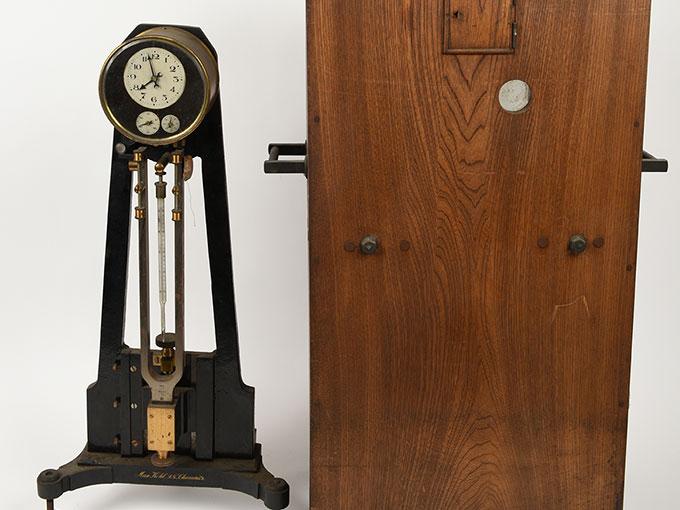ニオーデの音叉時計Stimmgabeluhr nach Niaudetニオーデ氏音叉時計15