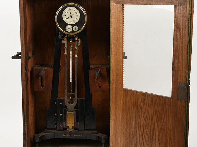 ニオーデの音叉時計Stimmgabeluhr nach Niaudetニオーデ氏音叉時計18