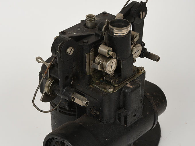 16mm映写機十六粍映写機