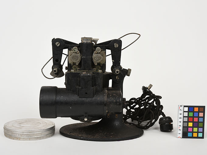 16mm映写機十六粍映写機2