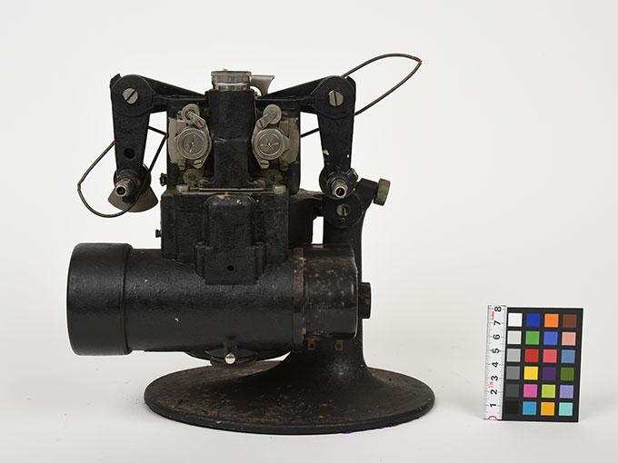 16mm映写機十六粍映写機3