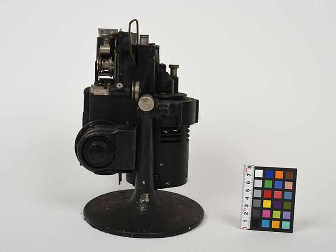 16mm映写機十六粍映写機4