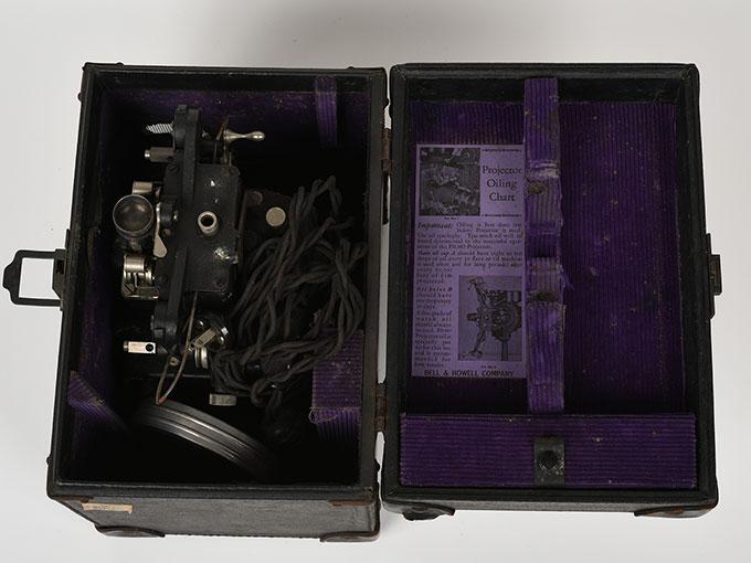 16mm映写機十六粍映写機19
