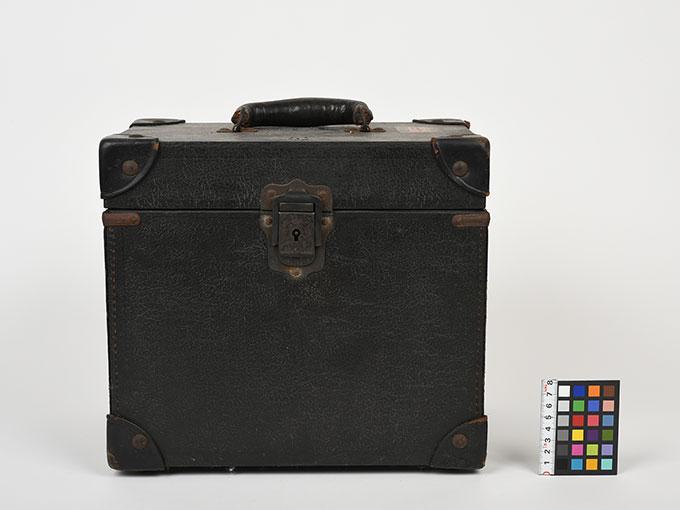 16mm映写機十六粍映写機21