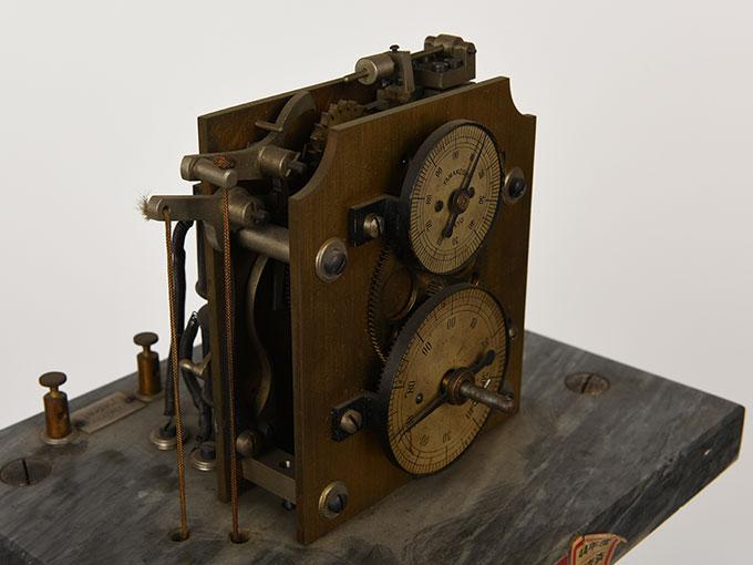ヒップのクロノスコープヒップ氏測時計2