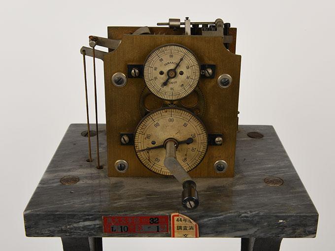 ヒップのクロノスコープヒップ氏測時計4
